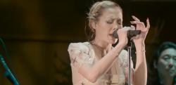 力の入った歌声にシビれた! 土屋アンナがサプライズでボン・ジョヴィの曲を熱唱!!