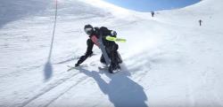 【その名はスキーマン】ゲレンデに突如現れた全身スキー板装備の新スタイルに衝撃を受ける!