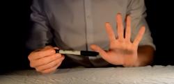 【必見!】ペンが一瞬で消えるマジックなど3つを種明かし!
