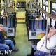 【車内】想像を絶するような事故映像……停車中のバス側面に突っ込んでくるトラック!!