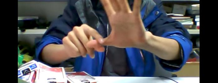 【マジック】定番の指が離れる手品……きわめるとこんな凄いことになる!