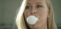 たった10秒で完了!? 全部の歯を同時に磨ける歯ブラシが登場!