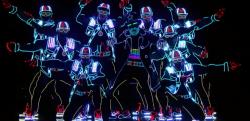 ウクライナのダンスチームが披露したLEDライトのダンスパフォーマンスが凄い…!!