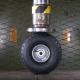 【実験】いろんなタイヤを油圧プレスで潰すとこうなる……!?