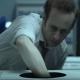 紙に印刷された黒い丸は……2000万回再生ショートフィルム「ブラックホール」