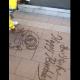 USJスタッフのお姉さんが路上に描いたサプライズが素晴らしいと話題に!