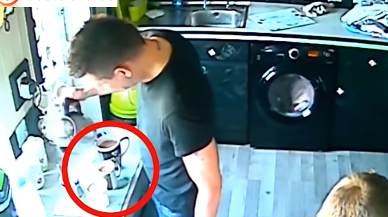 不気味すぎる……ポルターガイストが多発する家の監視カメラ映像
