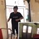 【全力疾走】電車よりも早く走る男がTwitterで話題に!!