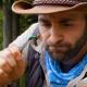 海外Youtuberがオオスズメバチの毒針に刺される痛みを体験してみた結果……