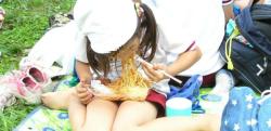 【甘酸っぱい】小4の時の運動会、ひとりぼっちでお弁当食べてる泣きそうな女子が居たから……