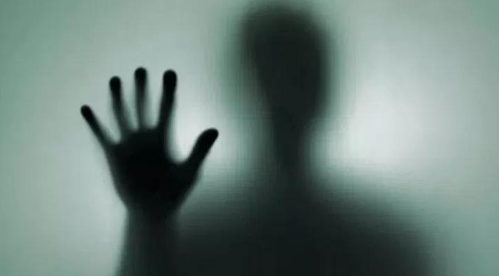 【怖過ぎ】コンビニでは有名な「出会ったら絶対に目を合わせてはいけない客」『おおいさん』