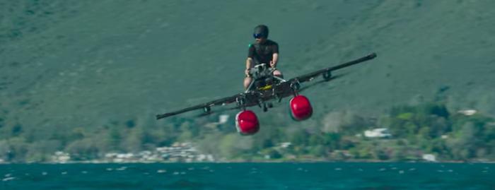 【近未来】ついにきた! 空飛ぶ1人乗りの車「キティホークフライヤー」が凄い!