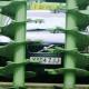 【実験】トラクター型のスプレッダは車(ボルボ)を破壊できるのか……!?