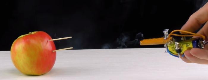 【工作】鉛筆が砲身!? すごい威力を発揮するつま楊枝キャノンとその作り方!