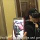 笑うしかない!? ニューヨークの地下鉄でVRのアダルトビデオを鑑賞した結果……!