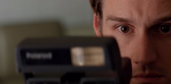 怖すぎると世界中で話題……ホラーショートフィルム「Polaroid」