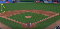 【MLB】サード、ショートがら空き! 外野が4人の守備シフトは成功するのか!?