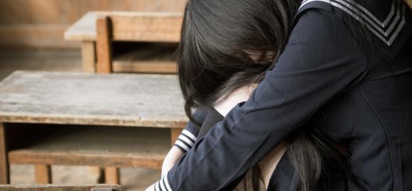 【悲しい】万引きした姪を迎えに行く→ 号泣する姪「なんで弁償したり、謝ってくれないの?」私「あなたの親じゃないから」→姪の家庭環境が酷すぎた…