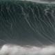 【衝撃映像】ビッグウェーブに飲みこまれてしまったサーファー……その救出映像が恐ろしい……
